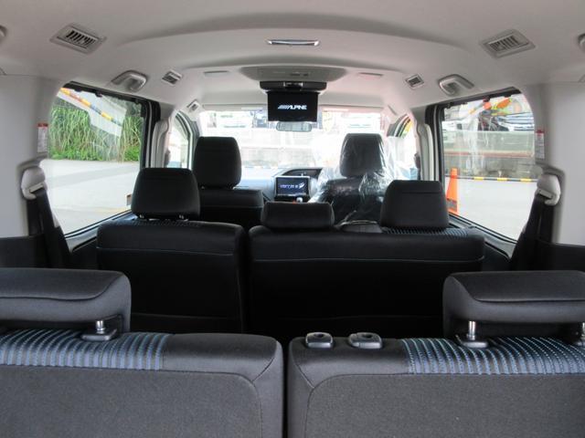 「トヨタ」「ヴォクシー」「ミニバン・ワンボックス」「沖縄県」の中古車16
