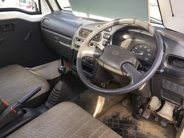 ダイハツ ハイゼットトラック 5速マニュアル エアコン 4WD