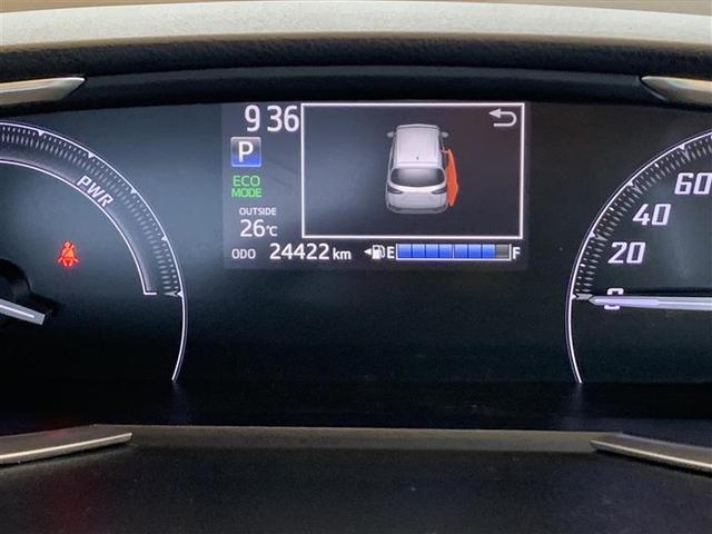 コンビネーション・スピードメーター、マルチインフォメーションディスプレイも中央 同一面に配置されて見やすくなってます。