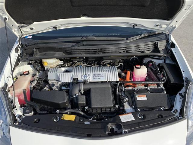 排気量1.8L ハイブリッド・エンジンルーム
