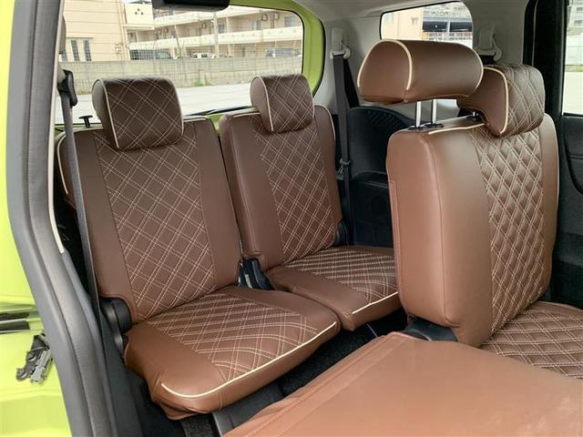 後部座席 2列・3列