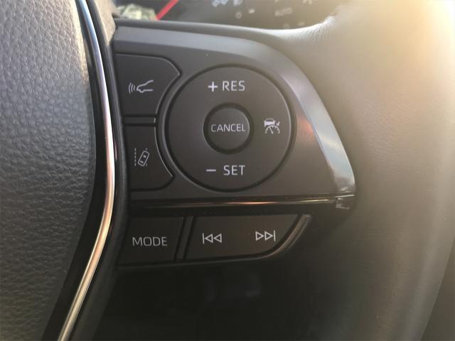 オートクルーズは、高速道路でアクセルを踏まなくても設定した速度(40〜100Km)で走れるので、アクセルを踏む足に負担が掛かりません。特に、ロングドライブの時に大活躍しそうですね。