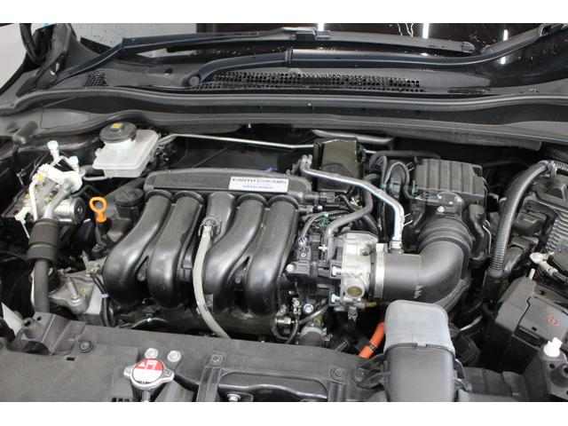 LEB( 水冷直列4気筒DOHC16バルブ+モーター ) 最高出力132ps(97kW)/6600rpm  最大トルク15.9kg・m(156N・m)/4600rpm