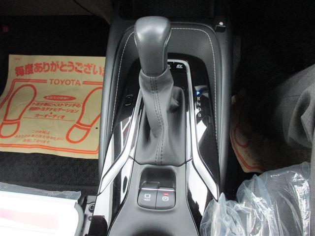 広々とした運転席まわりで運転もしやすくなっています!