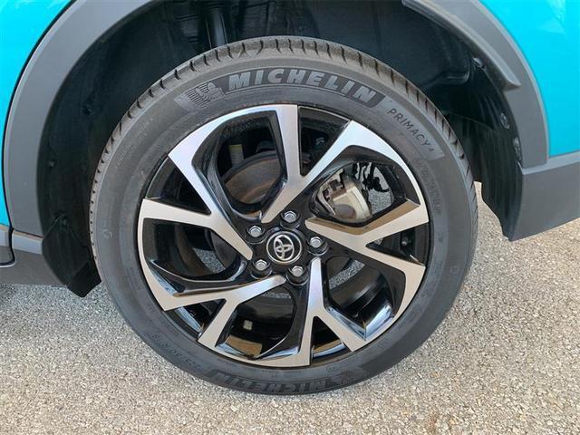 18インチ純正アルミホイール タイヤサイズ 225/50R18