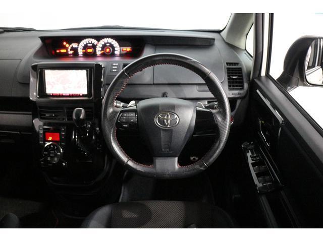 トヨタ ヴォクシー ZS G'sバージョンEDGE OP10年保証対象車 レンタ