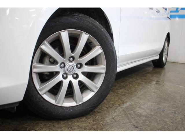 タイヤサイズ(前)215/60R17 96H タイヤサイズ(後)215/60R17 96H