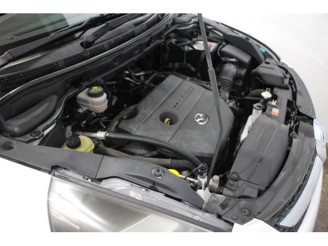 L3-VE( 水冷直列4気筒DOHC16バルブ/2260cc) 最高出力163ps(120kW)/6500rpm  最大トルク 20.7kg・m(203N・m)/3500rpm