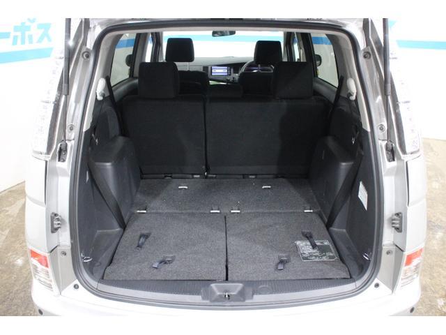 アイシスプラタナ OP5年保証対象車 大開口パワースライドドア