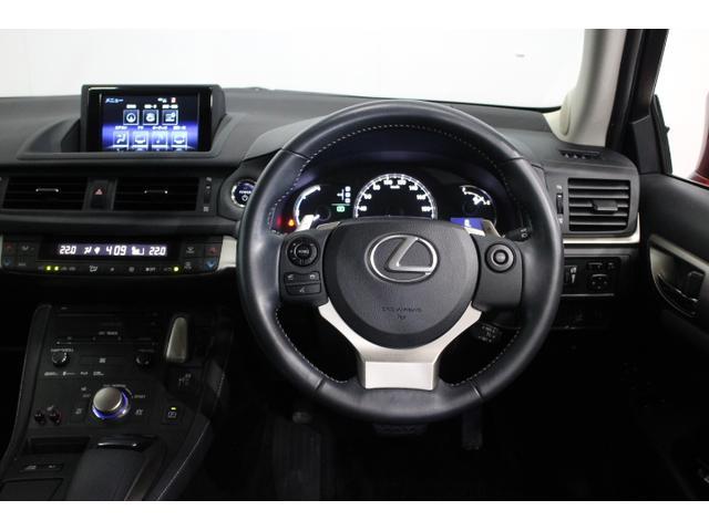 ボディ剛性の強化により操舵時の車両応答性を高め、優れた操縦安定性と上質な乗り心地を実現。