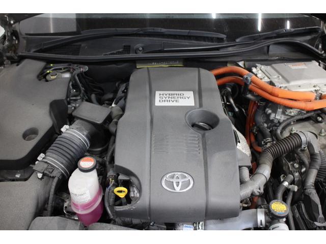 直列4気筒DOHC+モーター 最高出力178ps(131kW)/6000rpm最大トルク22.5kg・m(221N・m)/4200〜4800rpm