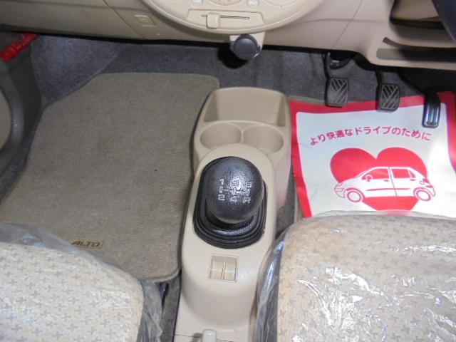 スズキ アルト E・5速車
