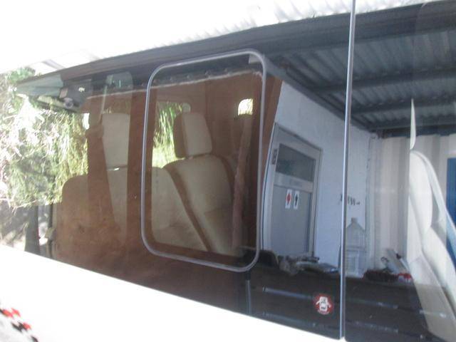 「日産」「NV350キャラバン」「ミニバン・ワンボックス」「沖縄県」の中古車24