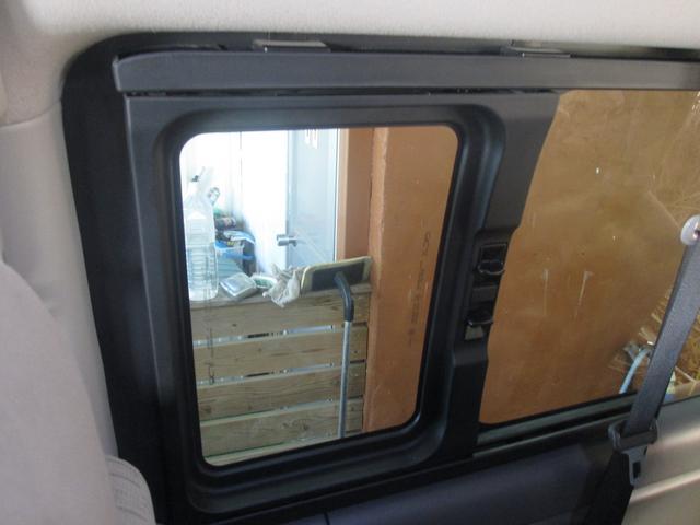 「日産」「NV350キャラバン」「ミニバン・ワンボックス」「沖縄県」の中古車73