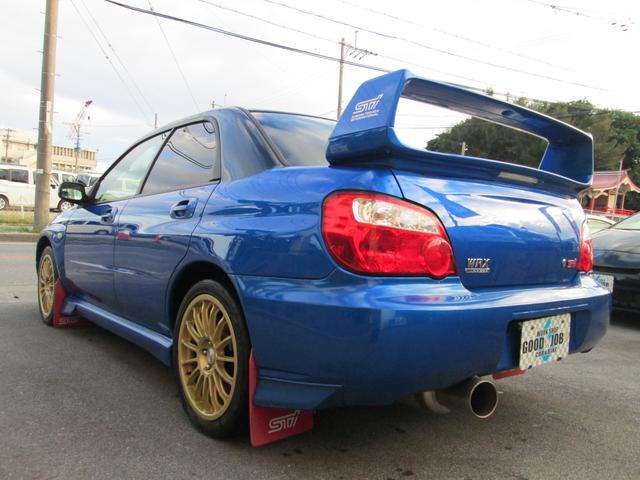 チルト調整ハンドル/純正スポーツシート・運転席シートリフター/オートエアコン/Wエアバック/ABS/プライバシーガラス/フロアマット