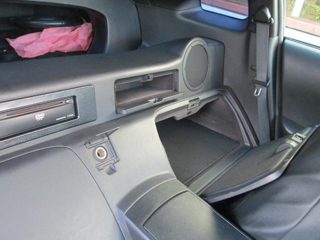 ベースグレード HKS車高調 柿本マフラー Z34RAYZ19インチアルミ 後期用LEDテール 純正HIDヘッドライト シートカバー(45枚目)