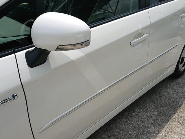 「トヨタ」「プリウス」「セダン」「沖縄県」の中古車11