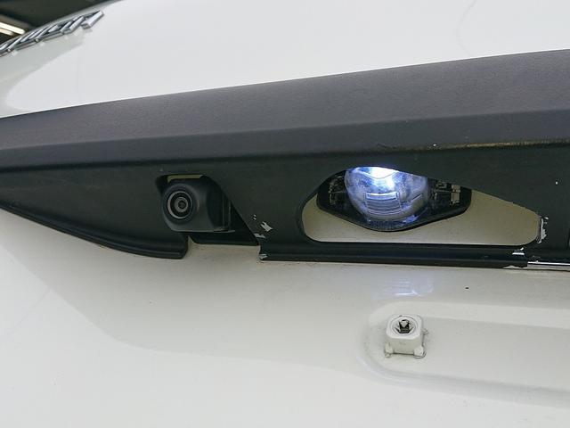 Z ストラーダ8インチナビ・TV・DVD・Bluetooth 10インチフリップダウンモニター 19インチアルミホイル 車高調 無限フルエアロ 社外マフラー 社外HIDライト 社外LEDテール 2年保証(14枚目)