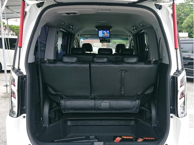 Z ストラーダ8インチナビ・TV・DVD・Bluetooth 10インチフリップダウンモニター 19インチアルミホイル 車高調 無限フルエアロ 社外マフラー 社外HIDライト 社外LEDテール 2年保証(15枚目)