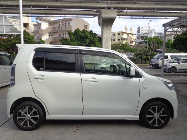 「スズキ」「ワゴンRスティングレー」「コンパクトカー」「沖縄県」の中古車4
