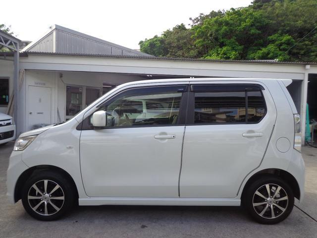 「スズキ」「ワゴンRスティングレー」「コンパクトカー」「沖縄県」の中古車5