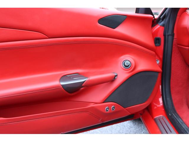 「フェラーリ」「488GTB」「クーペ」「沖縄県」の中古車52
