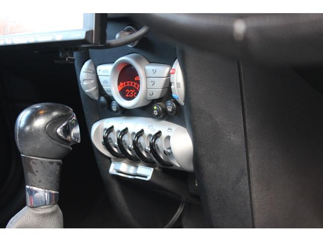 「MINI」「MINI」「オープンカー」「沖縄県」の中古車38