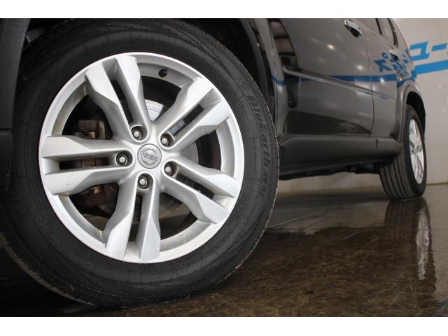 純正17インチアルミホイール タイヤサイズ(前)225/60R17 99Hタイヤサイズ(後)225/60R17 99H