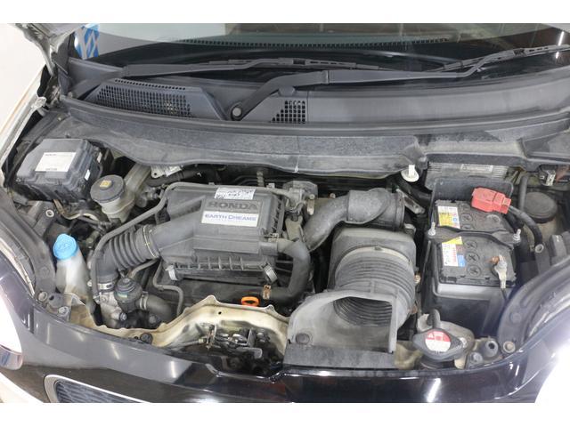 水冷直列3気筒DOHC12バルブターボ 最高出力64ps(47kW)/6000rpm最大トルク10.6kg・m(104N・m)/2600rpm