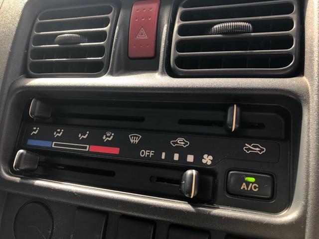 エアコンのスイッチは手探りの操作がしやすい