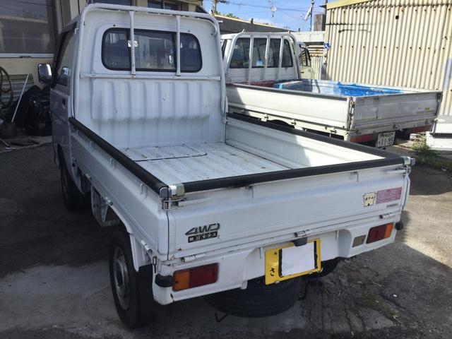 ダイハツ ハイゼットトラック ベースグレード・4WD・本土中古