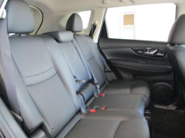 後部座席はSUVの中でも広さトップクラスです。