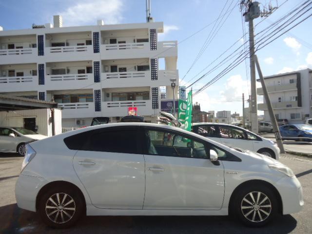 「トヨタ」「プリウス」「セダン」「沖縄県」の中古車6