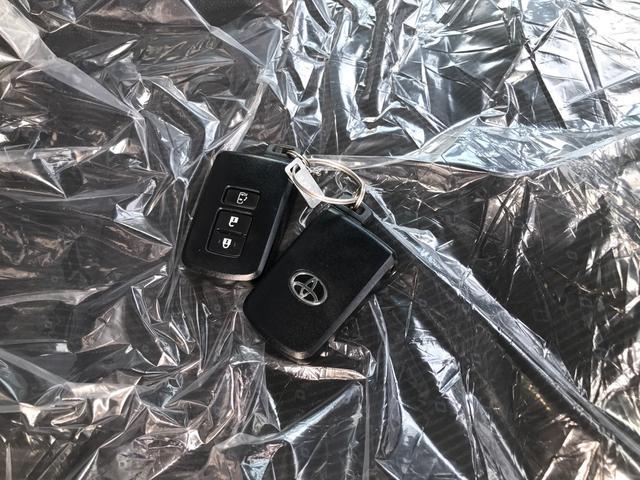 V 純正フルセグTV ナビ バックカメラ ビルトインETC パワースライドドア プッシュスタート スマートキー LEDヘッドライト 社外17インチアルミ(35枚目)