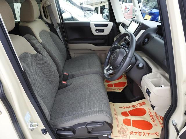 前列座席!シートがアレルクリーンプラスシートになっています☆特殊加工を施したシートでアレルゲン(ダニやスギ花粉)やウイルスを不活性化♪