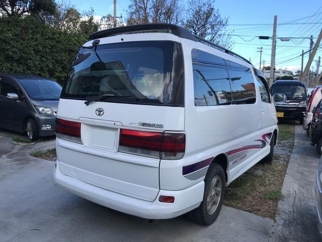 「トヨタ」「レジアス」「ミニバン・ワンボックス」「沖縄県」の中古車3