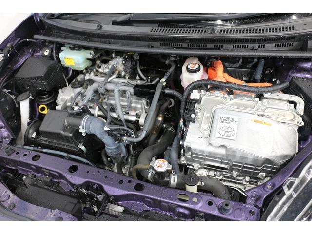 直列4気筒+モーター 最高出力74ps(54kW)/4800rpm最大トルク11.3kg・m(111N・m)/3600〜4400rpm