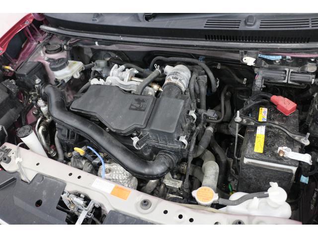 直列3気筒DOHC 最高出力69ps(51kW)/6000rpm最大トルク9.4kg・m(92N・m)/4400rpm