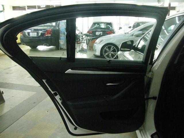 「BMW」「5シリーズ」「セダン」「沖縄県」の中古車21