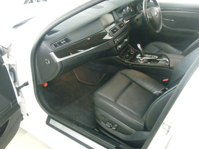 「BMW」「5シリーズ」「セダン」「沖縄県」の中古車22