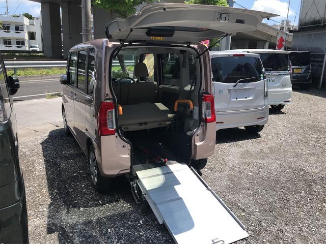 福祉車両 後部スローパー 車椅子1基載 キーレス ベンチシート 両側スライドドア アイドリングストップ(3枚目)