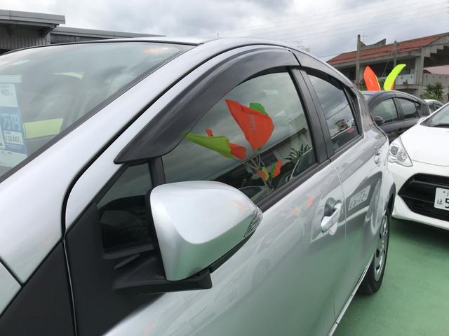 トヨタ アクア S TSS
