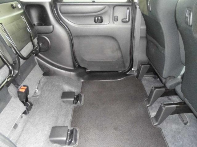 後部座席が大容量の荷物が収納可能に、室内高なんと140cm