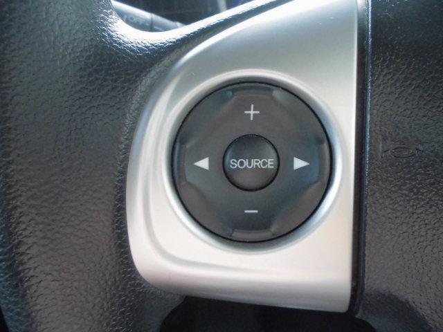 オーディオリモートコントロールスイッチ ※現在搭載されていますカーナビとの連動は致しておりません。