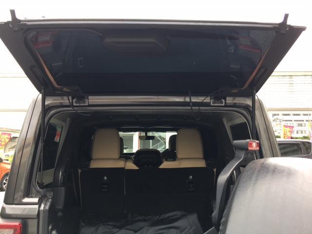 「その他」「ジープラングラーアンリミテッド」「SUV・クロカン」「沖縄県」の中古車14