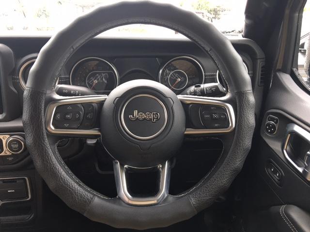 「その他」「ジープラングラーアンリミテッド」「SUV・クロカン」「沖縄県」の中古車31