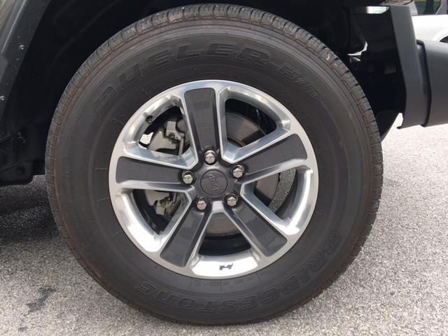 「その他」「ジープラングラーアンリミテッド」「SUV・クロカン」「沖縄県」の中古車42