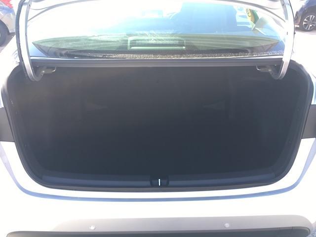 S トヨタセーフティーセンス ディスプレイオーディオ バックカメラ スマートキー プッシュスタート LEDヘッドライト(9枚目)