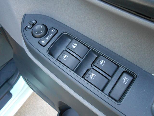 Xターボ新車未登録(17枚目)
