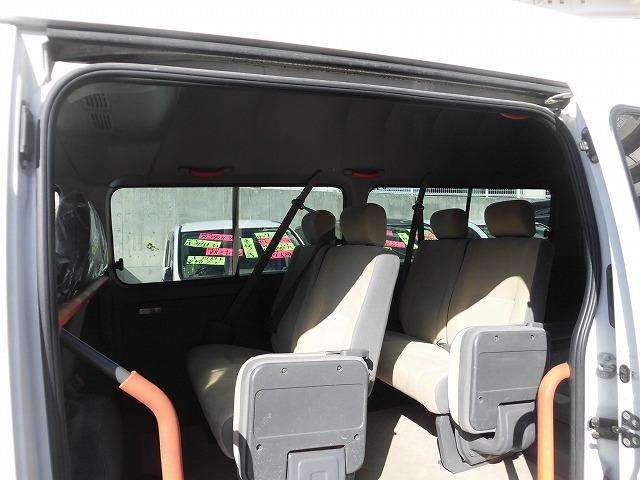 日産 キャラバンバス 福祉車両 1基積み リフトタイプ